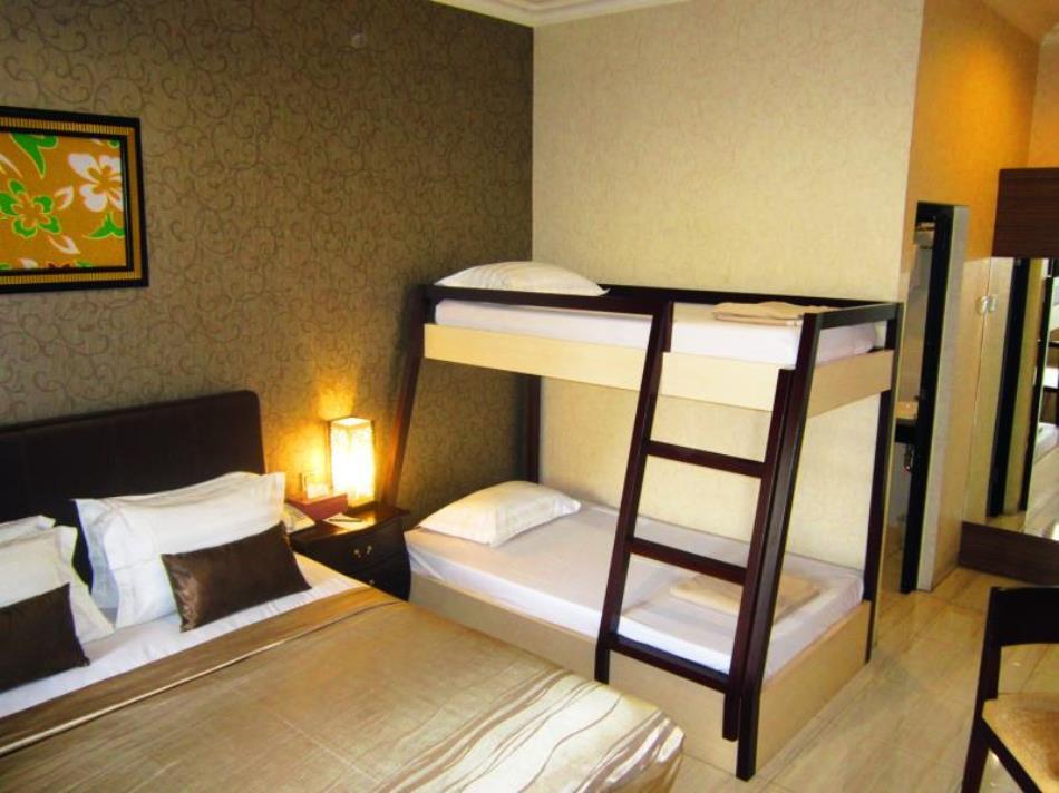 C3 Hotel